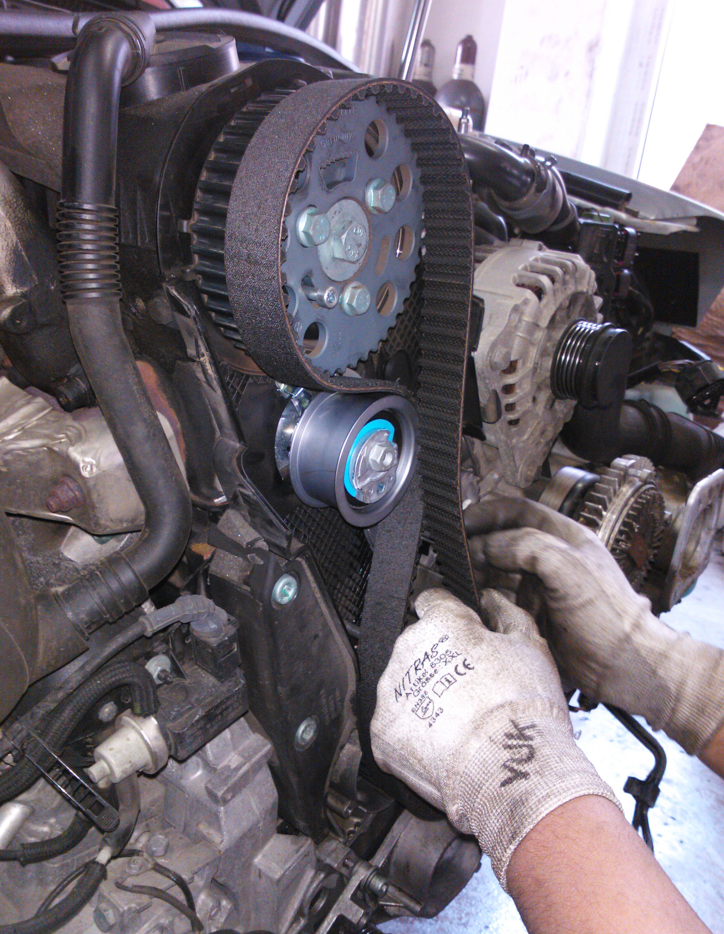 D Vtec Bogging Out K Honda Rebuild likewise Vo Bcrank B Btriple B likewise Aaa furthermore Main Qimg E Efeeecab B Eea Ccc Ff in addition Distributieriem Vervangen. on 2000 honda accord crank sensor location
